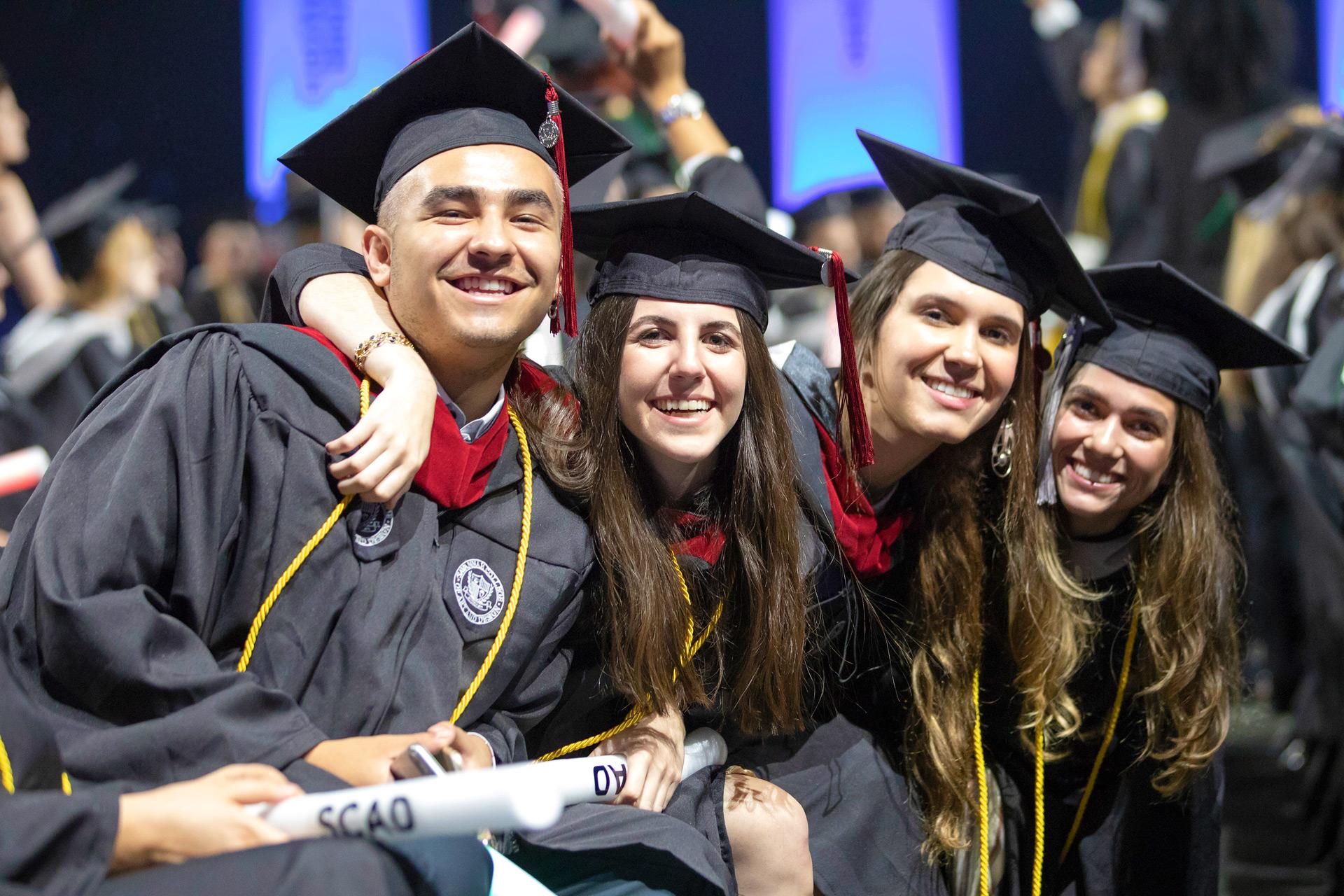 Scad Graduation 2020.Scad 2019 Commencement In Savannah Scad Edu