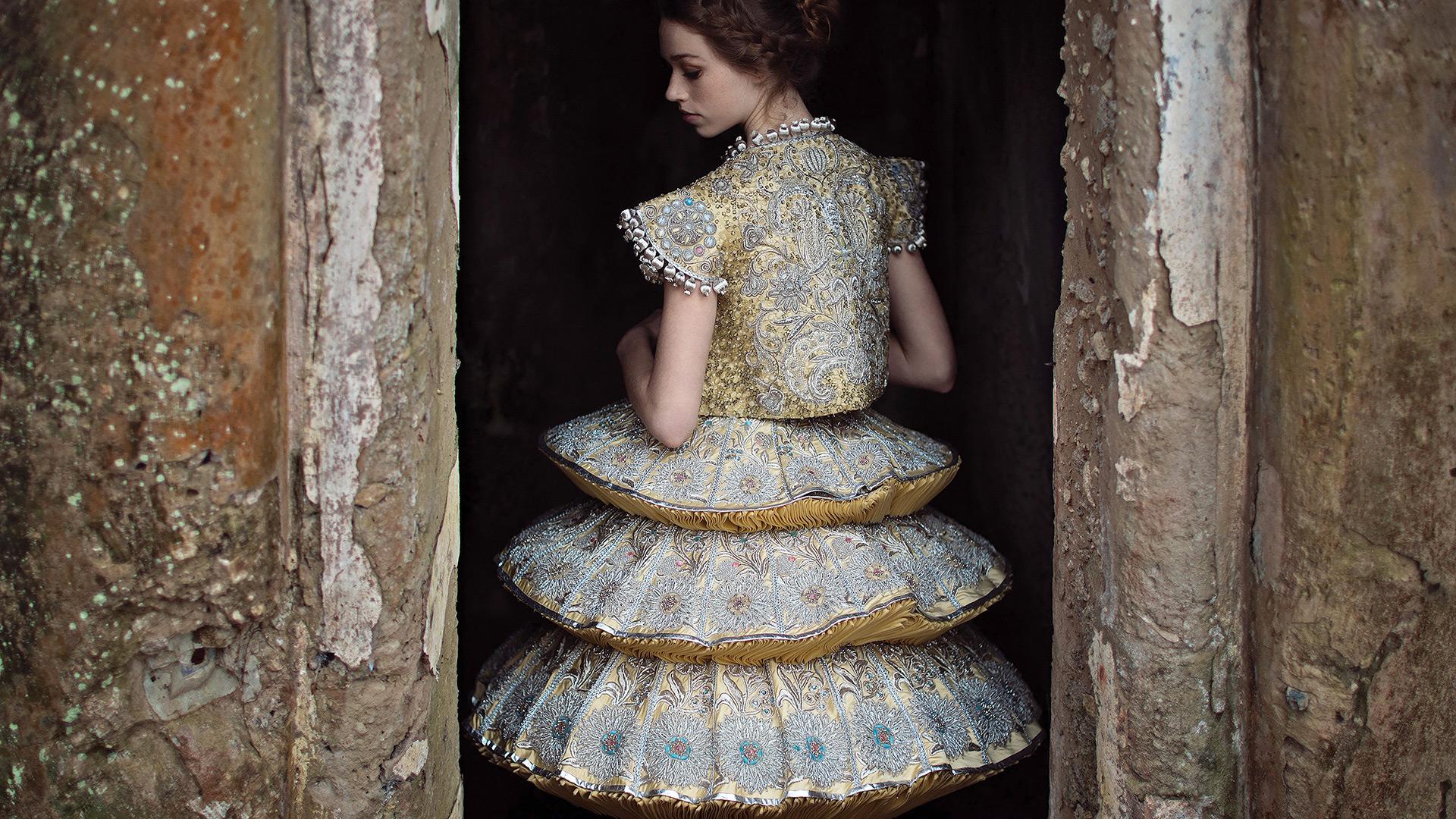 u0026 39 guo pei  couture beyond u0026 39  exhibition