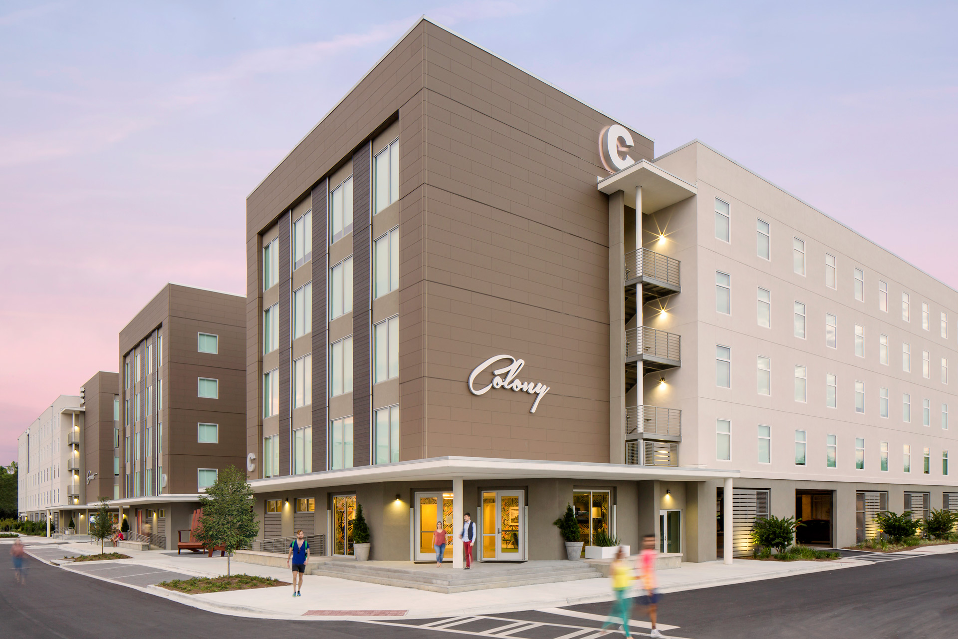 Colony at the hive for Savannah apartments near scad