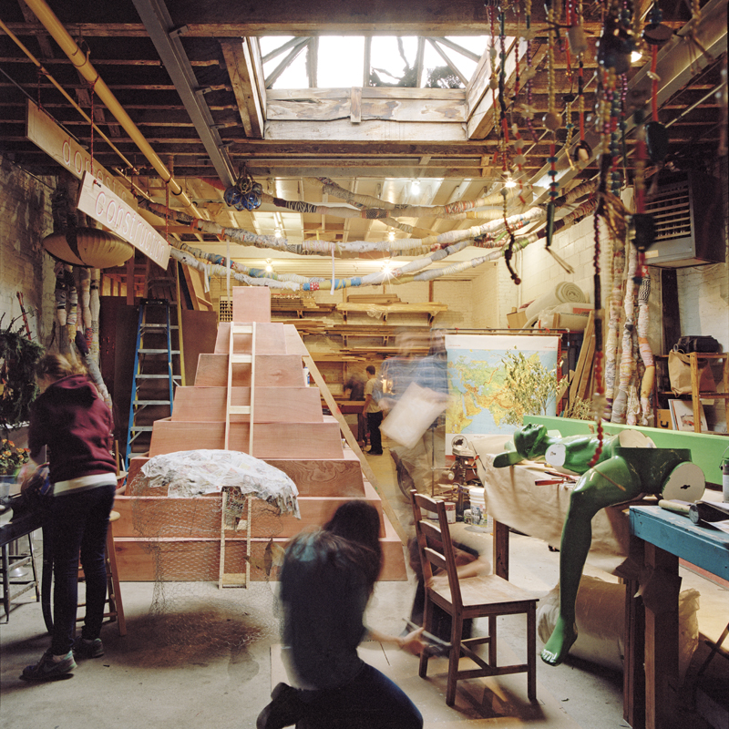 Inside The Designers Studio: Studio Logic: Inside The Workspaces Of Professional Artists And Designers
