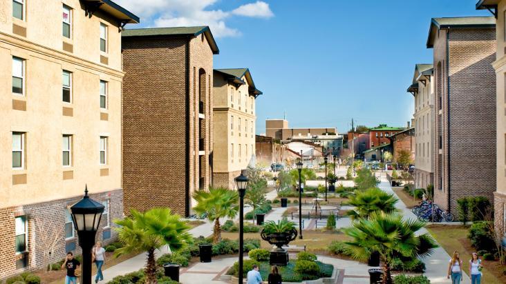 Savannah residence halls open for fall quarter for for Savannah apartments near scad