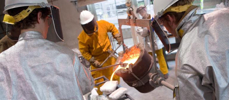 Pouring bronze in ACA Sculpture Studio