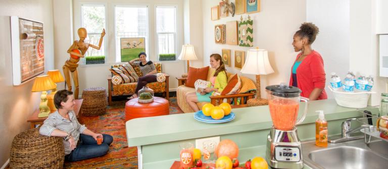 Boundary Village, womens living room