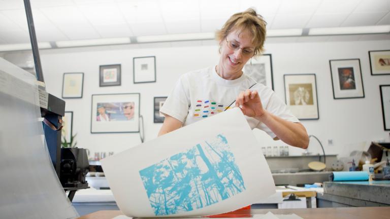 Educators Programs participant working in printmaking lab