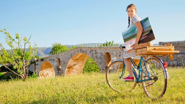 Enjoying the Lacoste countryside on bike