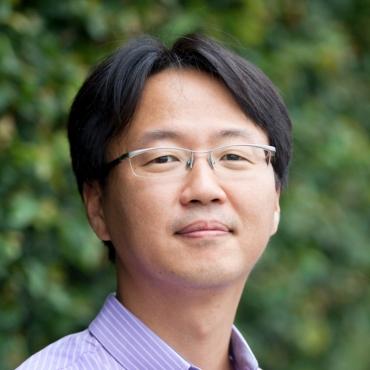 Hongsock Lee