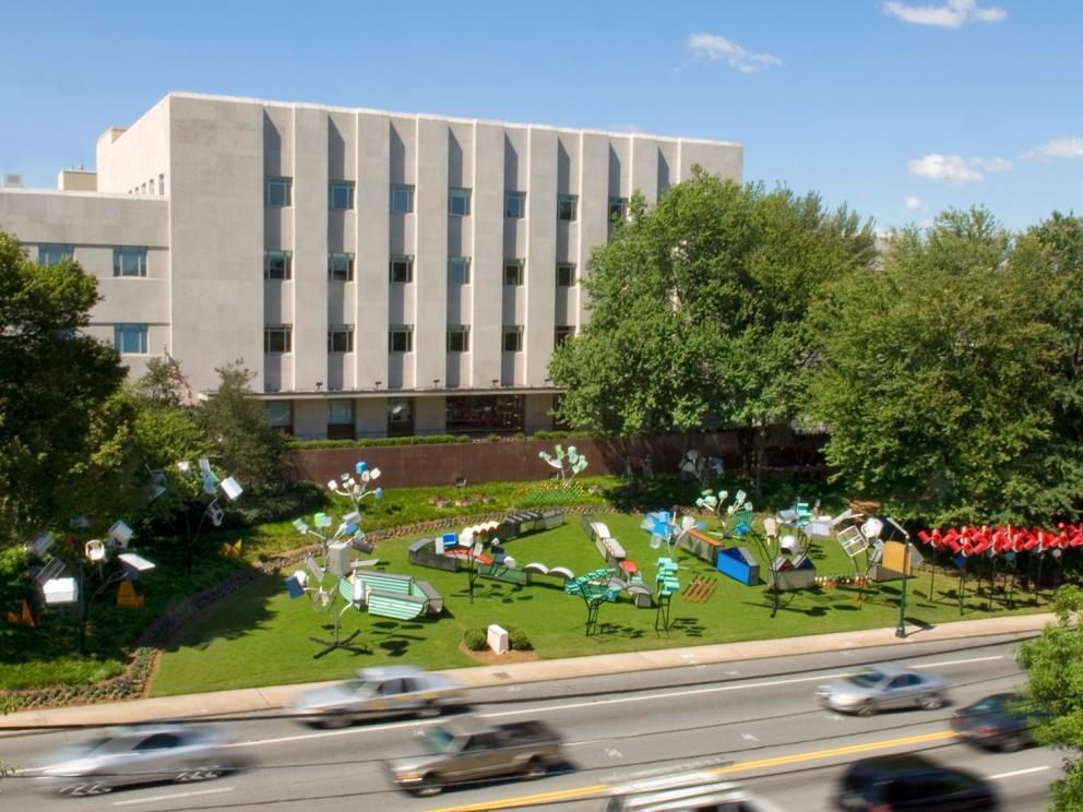 Dennis Oppenheim installation, SCAD Style 2007
