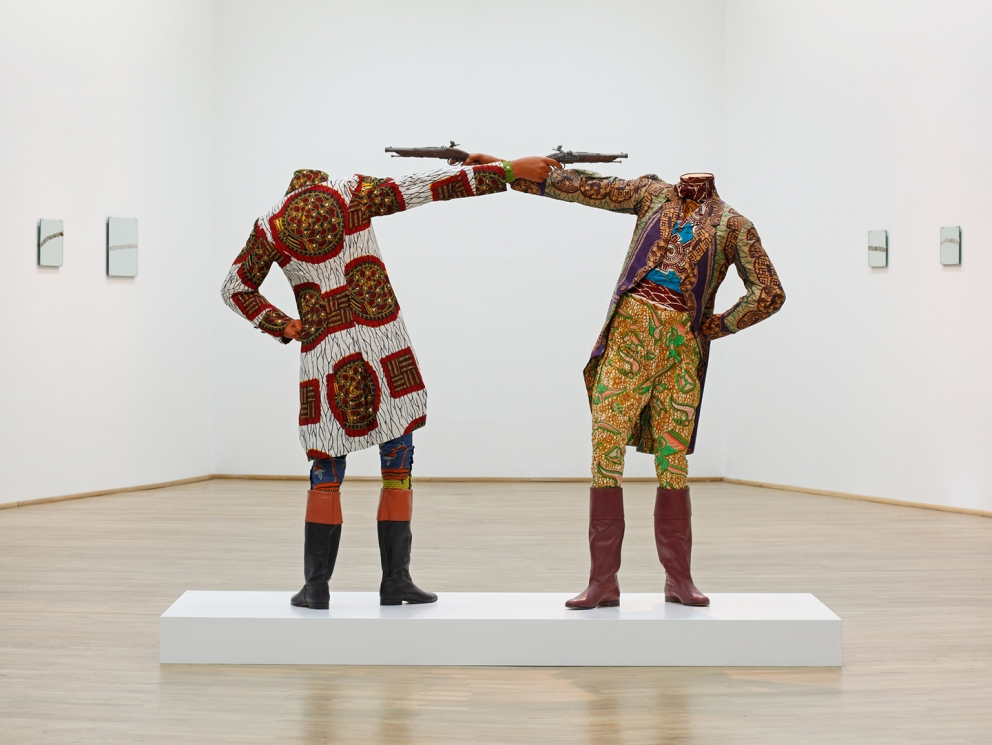 12345Yinka Shonibare, How to Blow Up Two Heads at Once (Gentlemen), 2006